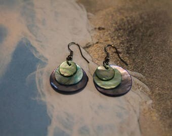 Iridescent Round Shell Disc Earrings