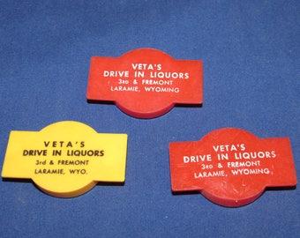 PLASTIC BOTTLE CAPS Veta's Crown Drive In Liquor Store 70s Laramie Wyoming