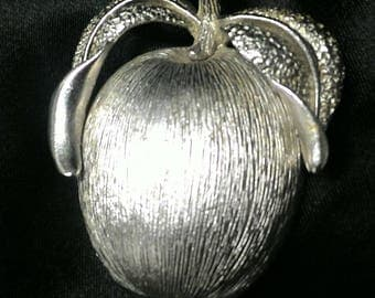 Sarah Cov Apple Slider  Brooch
