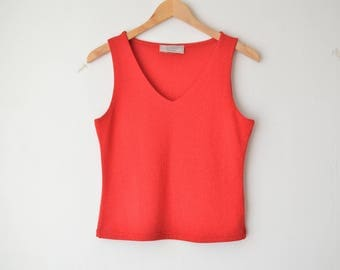cherry red v neck knit slouchy tank top 90s // M-L