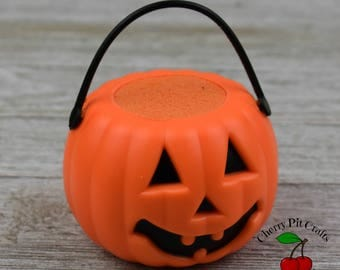 Pumpkin Bath Bomb - Jack-O-Lantern - Your Choice of Fragrance
