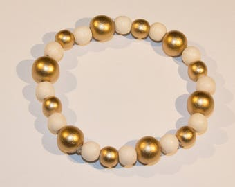 Bracelet white and gold wood beads
