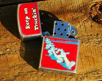 Vintage 70s RARE Robert Crumb Keep On Truckin flip top Lighter