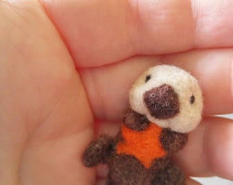 Tiny micro miniature needlefelted critter,  sea otter