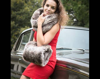 Glossy brown sleeve faux fur