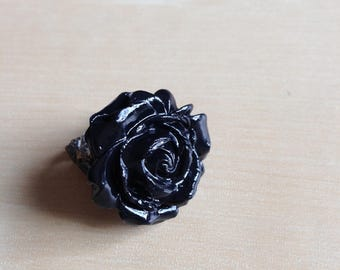 Black rose filigree ring
