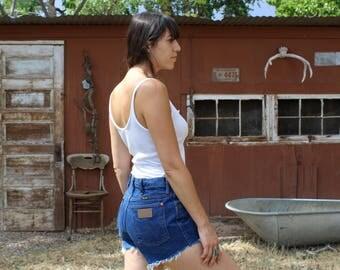 vintage WRANGLER high waist shorts // dark blue denim shorts // Wrangler denim shorts
