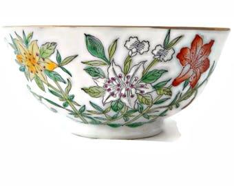 Oriental Porcelain Bowl Lily Decorative Hong Kong Gold Gilt