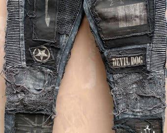 Size 36x32 Destroyed devil dog  black skinny Moto jeans
