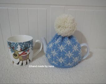 Hand knitted  100% wool tea cosy