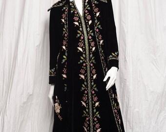 1970's Velvet Duster Dress Embroidered Coat La Belle Hong Kong 2 Piece Morocco Bohemian