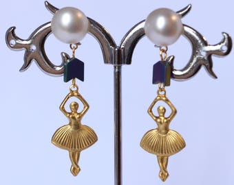 Lengthh ballerina earrings