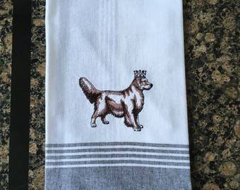 Golden Retriever in Crown Tea Towel (Black Stripe)