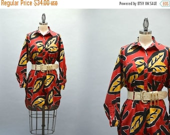 SALE Graphic 80s Tunic - Vintage Eighties Bold Leaf Print Long Top or Tunic Red Yeloow Black Cotton Botanical Print Short Front Long Back Si