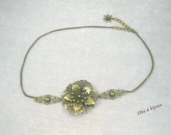 Olive green vintage flower with Pearl semi-perles head jewel headband