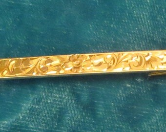 Antique Victorian era solid 14k yellow gold embossed chased floral and leaves 2 1/2 inch bar pin brooch 3.5 grams