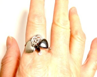 Ring in aluminum with Hematite heart