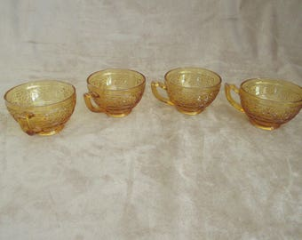 Vintage Amber Indiana Glass Daisy Coffee Cups, Set of Four