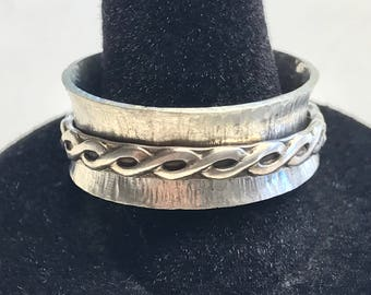 Sterling silver spinner ring size 10.25