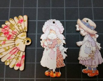 """Wood fan 2"""" x 1 1/4"""" OR wood vintage child 2"""" tall with hats. CHOOSE ONE.  adorable embellishment for your shabby projects"""