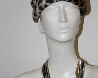 LILlY DACHÉ - leopard print faux fur turbanesque hat, ca 1960