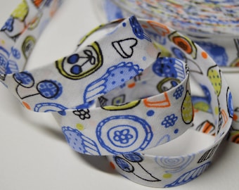 Folded seam 2cm cotton bias, childish pattern background white (m) ref: BIAI01