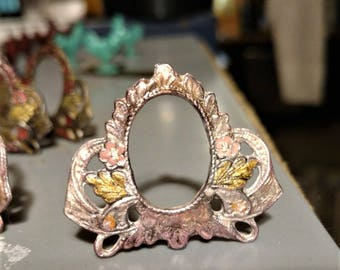 Dollhouse Miniature Full Scale Ornate Photo Frame Pink Frame