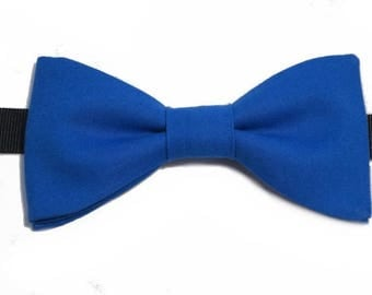 Royal Blue bowtie with straight edges