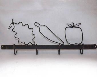 Vintage Black Kitchen Towel Rack   Towel Hook   Black Wire Fruit Wall Decor    Black