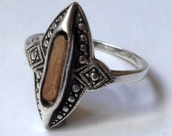 Solid Sterling Silver 2.9g Art Deco Style Bezel Set Amber Colored Stone Ring Size UK S - US 9