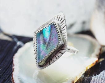 Silver Stained Glass Ring with Real Sage Leaf, Pressed Sage Leaf Glass Ring, Handmade Sterling Silver Aura Glass Ring, Silver Ring Size 7