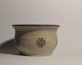 Celtic Knotwork Bowl-Plum