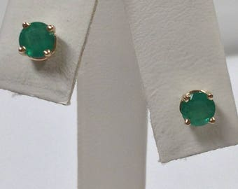 Natural Emerald Stud Earrings Solid 14kt Yellow Gold