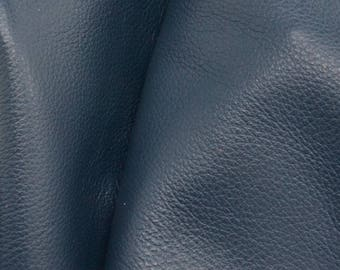 "Noble Navy Blue ""Signature""  Leather Cow Hide 4"" x 6"" Pre-cut 2-3 oz  flat grain DE-61621 (Sec. 8,Shelf 6,C,Box 1)"