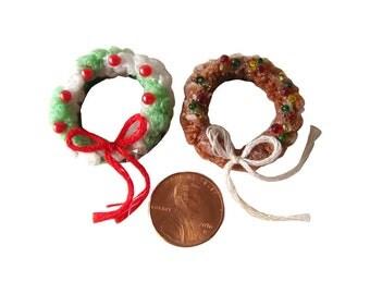 Christmas Wreaths For Dollhouse Miniature Holiday Decor, Miniature Christmas Wreath, Fairy Garden Wreath, Miniature House Decor