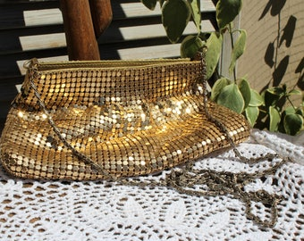 Vintage. Gold/chain/medal/flapper/long chain strap/handbag. Evening bag. Small purse. Wedding/special occasion.