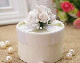 WHITE BEIGE round paper bridal shower chocolate box for wedding , 10pcs , HR03-1