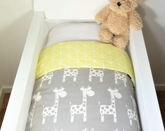 Bassinet individual items OR gift set: Grey with white giraffes AND soft yellow geometric triangles