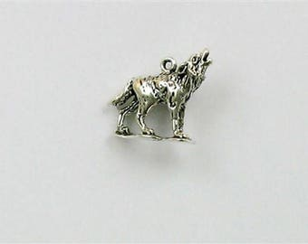 Sterling Silver 3-D Howling Wolf Charm