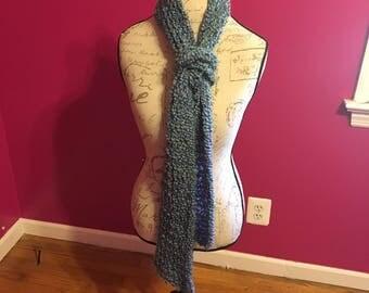 Windsor loom knit scarf