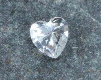 Cubic Zirconia Heart Shape 4x4mm (Pkg of 5)(CZHT4X4)