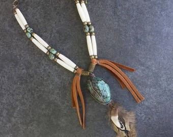 "Necklace Amerindian style "" Abooksigun """