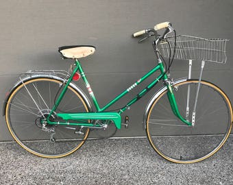 Vintage Women's Sears Cruiser Bicycle