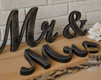 Mr And Mrs Sign, Mr And Mrs, Wedding Decorations, Mr And Mrs Signs, Mr And Mrs Table Sign, Mr And Mrs Sign For Sweetheart Table, Mr And Mrs