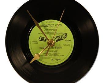 "SEX PISTOLS ""FRIGGIN IN THE RIGGIN"" VINYL clock 45tours"