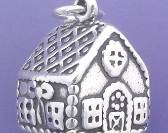 GINGERBREAD HOUSE Charm .925 Sterling Silver Christmas Baking Pendant -  lp2830
