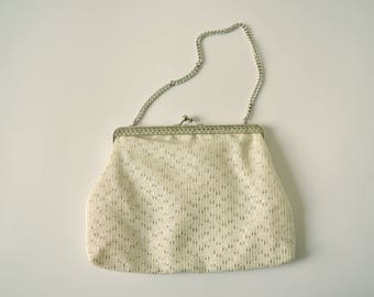 vintage small white silver wedding evening purse small snap closure party bag in silver chain handle