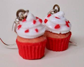 Red Heart Cupcakes for Loved Ones