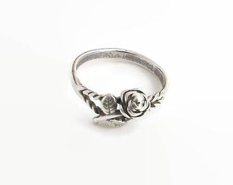Sterling silver ring with rose, leaves, and twisted metal, feminine and delicate, stamped 925 for sterling silver, size P / 7.5