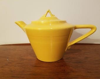 Homer Laughlin Harlequin Teapot, Yellow, Fiestaware maker, 1930s-1950s, Art Deco
